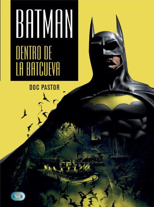 Batman dentro de la baticueva