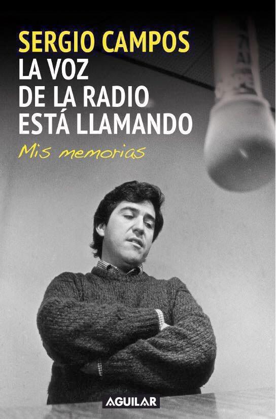 La voz de la radio está...